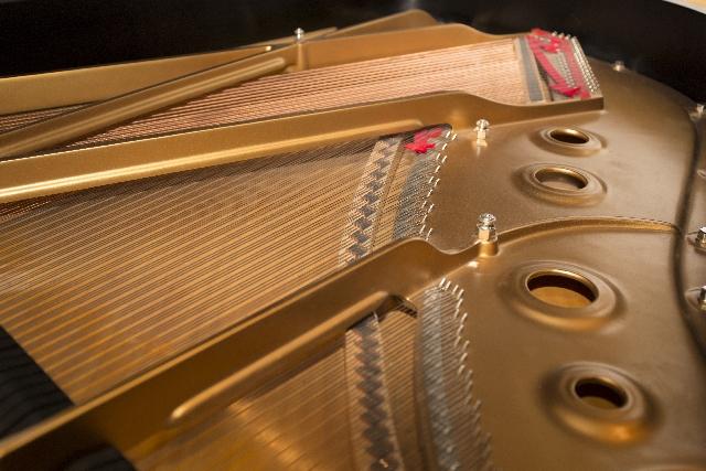 ピアノの内部